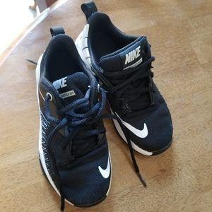 Nike Kids Team Hustle D7